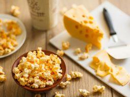 Попкорн з сиром